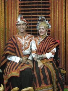 Baju Pengantin Adat Aceh